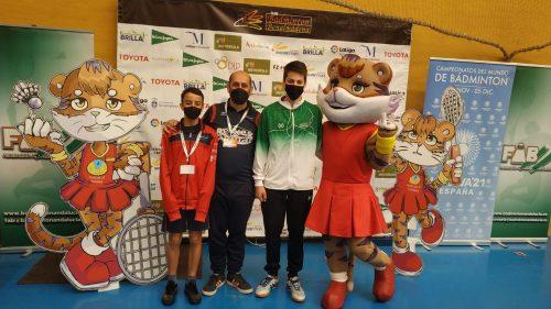 2 Rosalianos en el Internacional de Badminton de Benalmádena